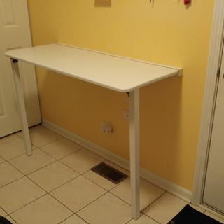 Laundry room folding table
