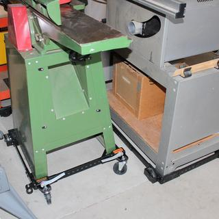 "Portamate PM1000 Supporting 6"" jointer planer and table saw."