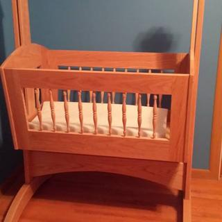 Red oak cradle adapted from this country cradle plan.