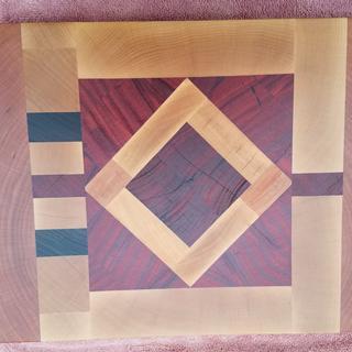 End grain cutting board