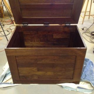 Walnut chest.  Lid 12 lbs, 25 in deep