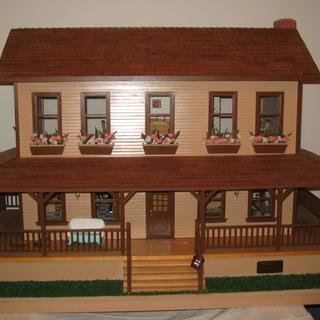 "doll house - built 25 years ago using titebond glue ""Still holding up """