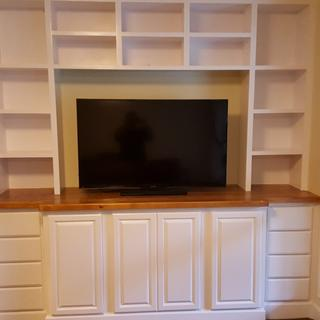 Built in Entertainment System