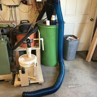 My cyclone separator with the new dust right 28' hose