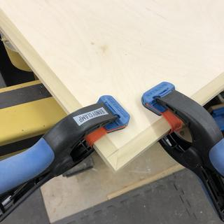 Adjusting mitered corner