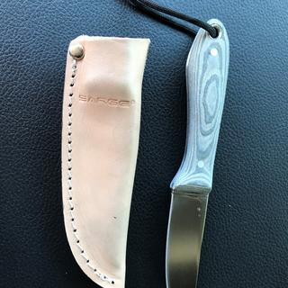 Had laid Micarta handle from tan and green cloth.