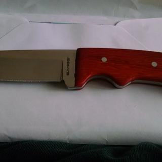 cool knife. my son and i took the knife making class where we made our own handles. came out good