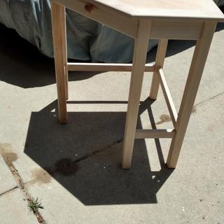 Corner desk with turn stock for legs