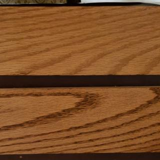 Top: Wonderfil applied Bottom: no wood filler applied  Single coat of GF Oil based Gel Stain, Nutmeg