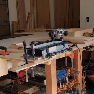 Jig easy to setup and makes perfectly fitting dovetails