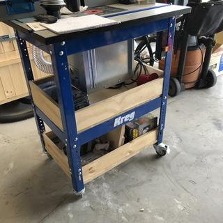 Installed on the Kreg Router Table with Lift.