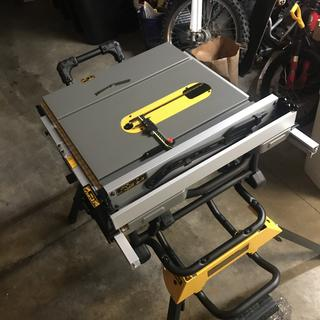 Dewalt Dwe7491rs 10 Jobsite Table Saw With Rolling Stand
