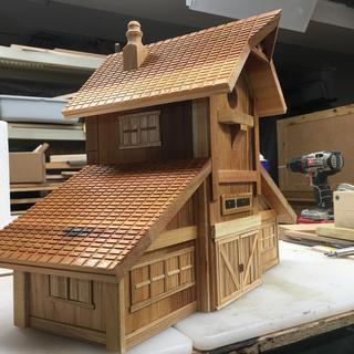 Horse barn birdhouse