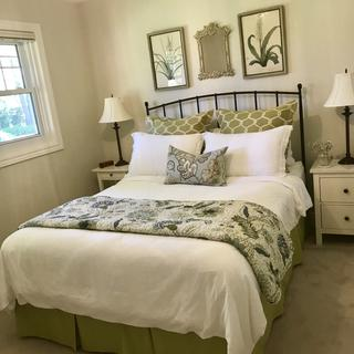 The Emma Vines quilt was exactly the touch need for this guest room.