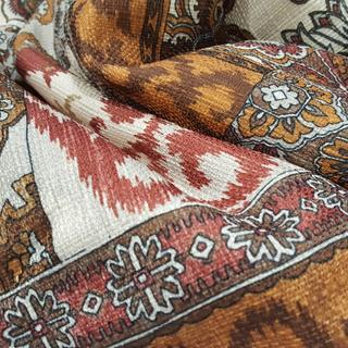 Beautiful strong color&designs, of really good quality, have yet to wash though, no bedskirt