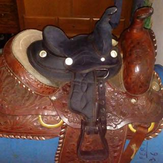 """LOL  whole saddle fits inside the seat of my 16"""""""
