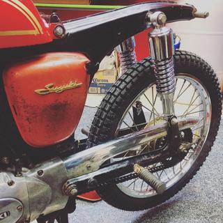 76 Suzuki A100
