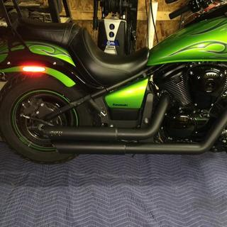 2014 Vulcan 900 Custom with Vance & Hines staggered pipes.