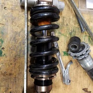 This with a bigger 850-1250 rate spring, just have to move the spring cup further down the shock.