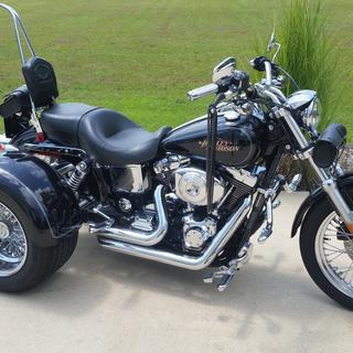 Harley-Davidson Dyna Low Rider 05 with Frankenstein trike kit and mustache bar