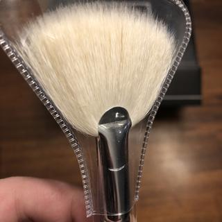 M310 Large Soft Fan The morphe m439 deluxe buffer was sold to me as the ultimate foundation buffing brush. m310 large soft fan
