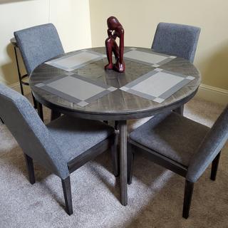 My Besteneer Dining Table