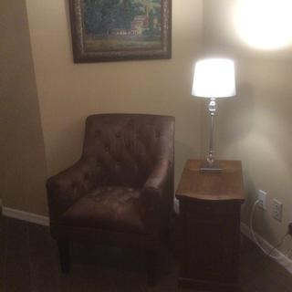 The accent chair is perfect in our den!