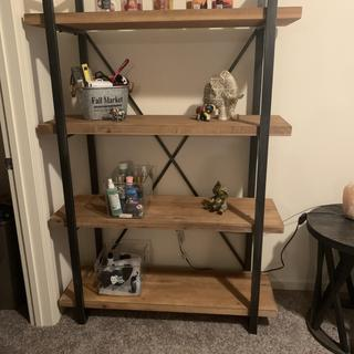 I use it for decorations and extra space for things I don't know where to put! 10/10!