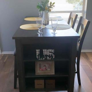 My favorite small dining table!