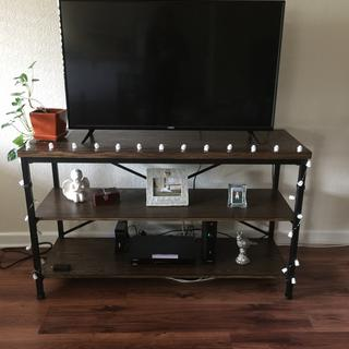 Good looking tv stand