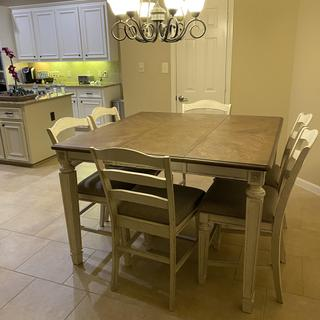 Love the table, it's perfect for my home decor