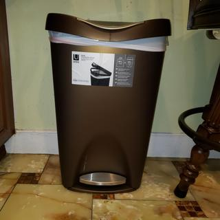 I recently moved and found the unique bronze trash can. I immediately ordered and it's perfect.