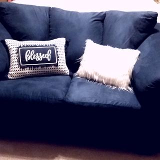 My beautiful Darcy Loveseat! 😍
