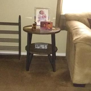 Very nice end table and it was easy to put together!!!!