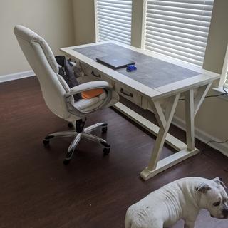 Beautiful and sturdy desk