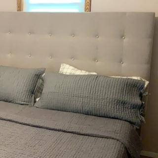 Love this bed! Pictures don't do it justice!