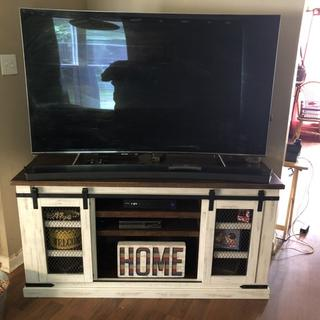 Looks great. Exactly what you need to add sound bar.