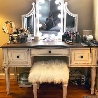 I love my new vanity!