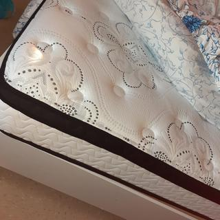 I love my mattress it comfortable soft and easy to unwrap