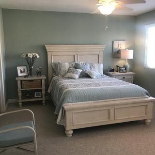 Looks beautiful in our guest room!