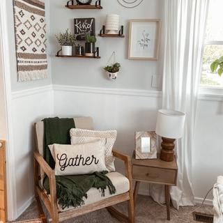 Absolutely love this rocker! Comfy and fits right in to my modern-farmhouse decor. 😍