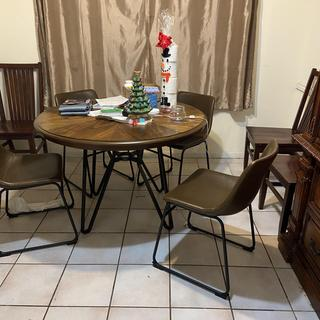 Perfect for small dining area