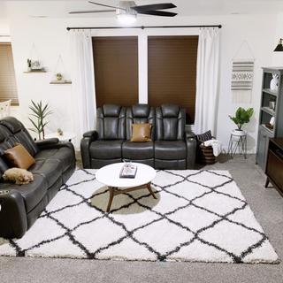 Loving our Turbulance power reclining sofas!