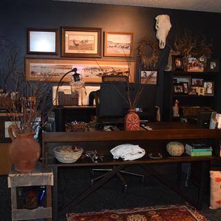 My new desk takes on the rustic look that I was looking for in my home office