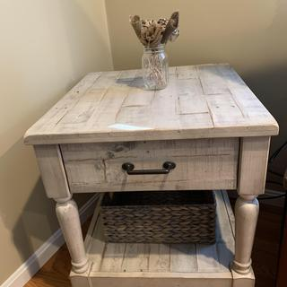 Love this end table. Perfect for a farmhouse/rustic look. Very sturdy wood, easy to assemble.