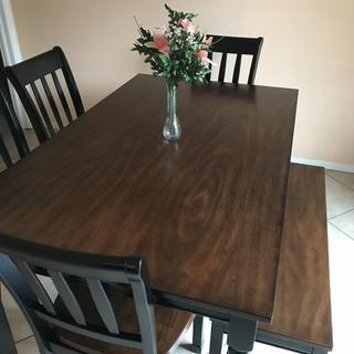 I love this Dining room table with bench!