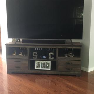"Perfect for our 75"" tv. It matches all of our decor and we love it! No damage when it was delivered."
