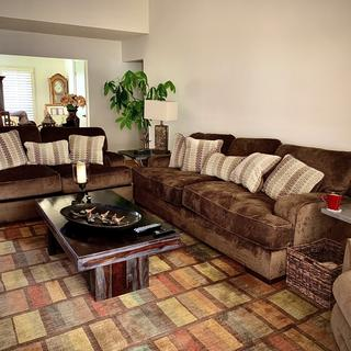 We Love this comfortable sofas  Happy with our choice! 👍