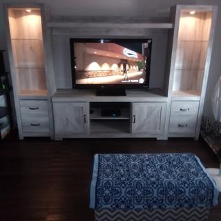 Great looking tv stand and very sturdy well put together and well worth the money