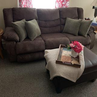Love my new comfortable Tulen  Reclining Sofa.  This sofa will definitely last a long time!